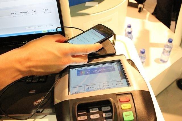 Что такое NFC (Near Field Communication). Как пользоваться NFC.